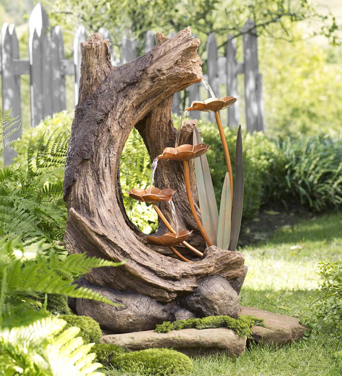 Realistic Indoor/Outdoor Woodland Stump Fountain with Metal Lily Pads