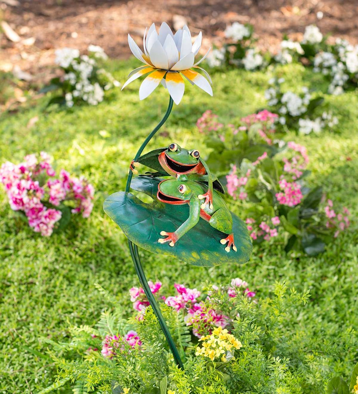 Handcrafted Metal Frogs on a Lily Pad Garden Stake