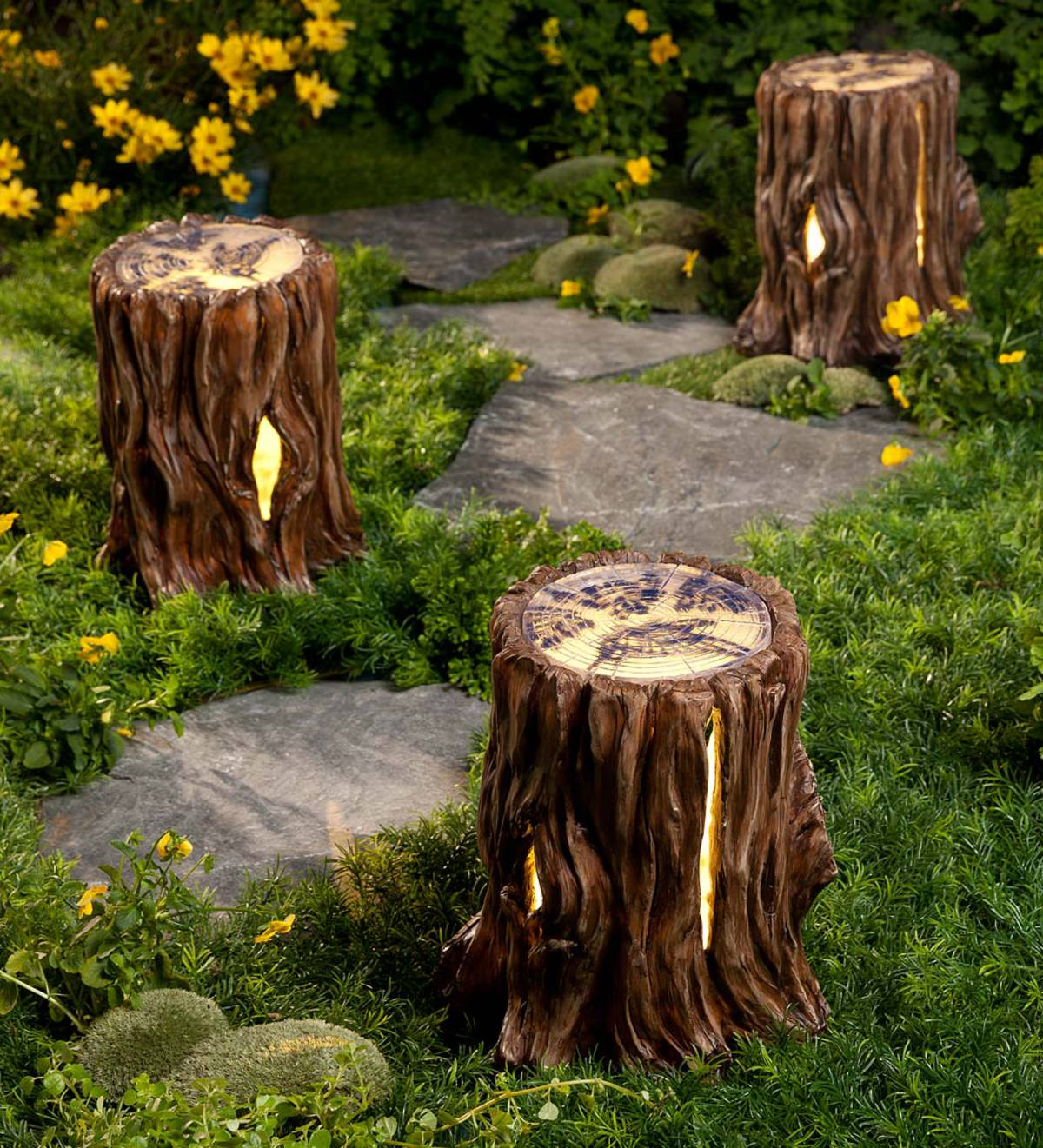 Solar Tree Stump Light