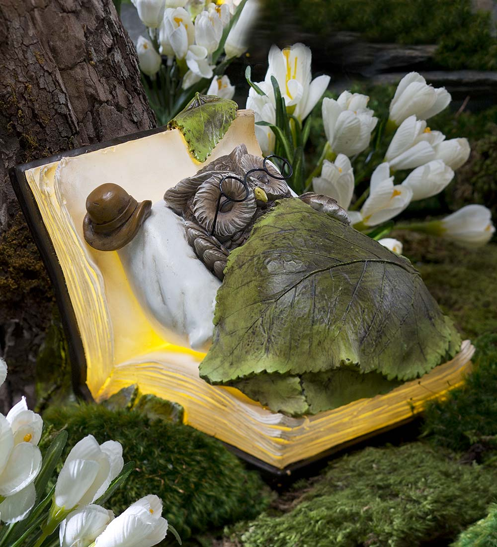 Lighted Animal Book Dreamer Figurine