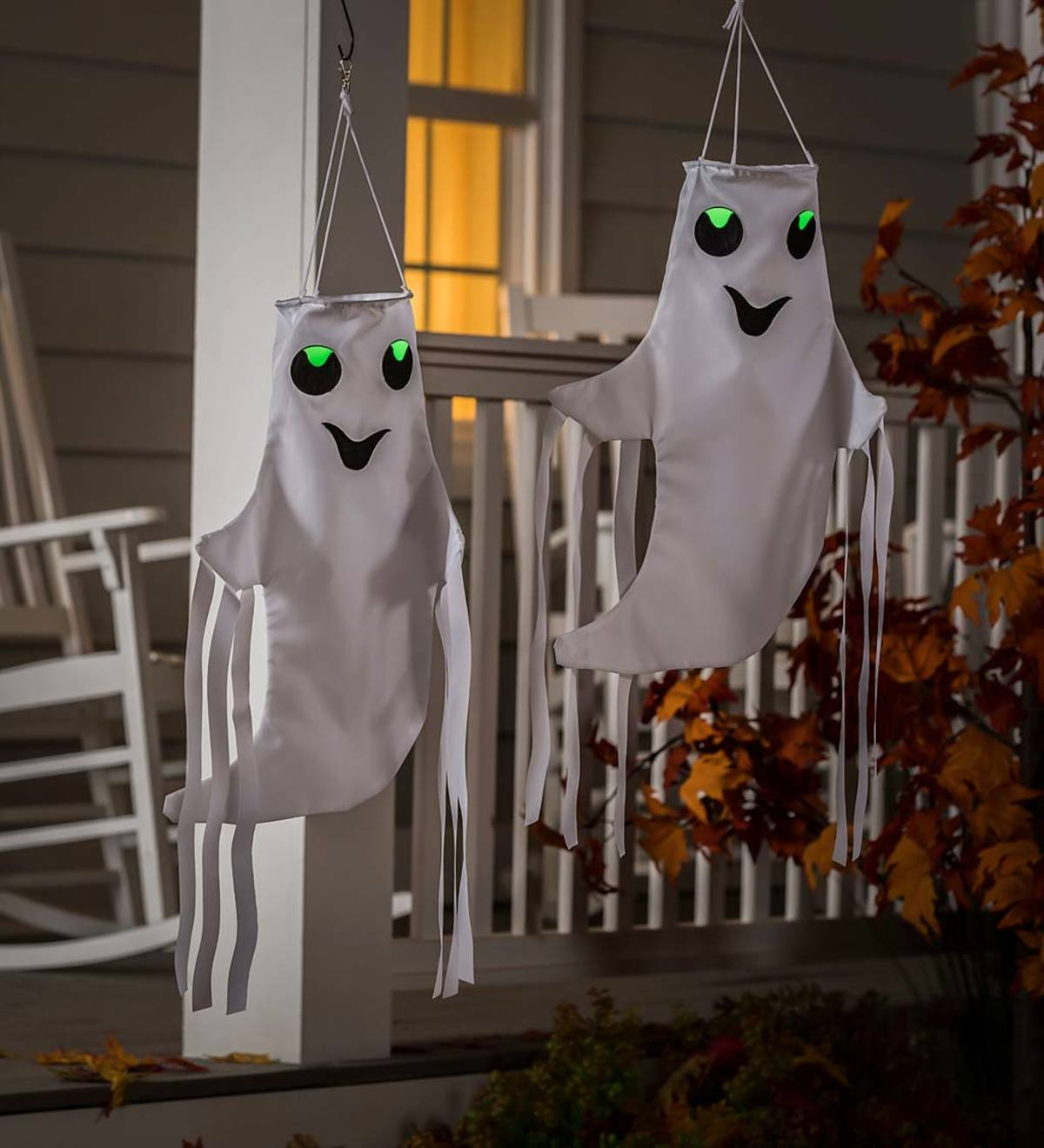 "Set of 2 Halloween Smiling Ghost 12"" 3D Windsocks"