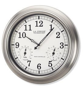 La Crosse Technology® Atomic Backyard Clock