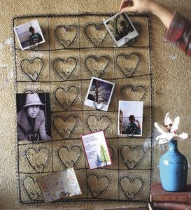 Rustic Wire Heart Wall Hanging Photo Holder