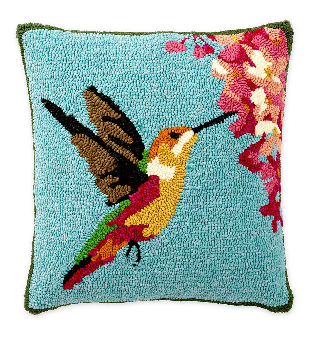 Indoor/Outdoor Hooked Hummingbird Throw Pillow