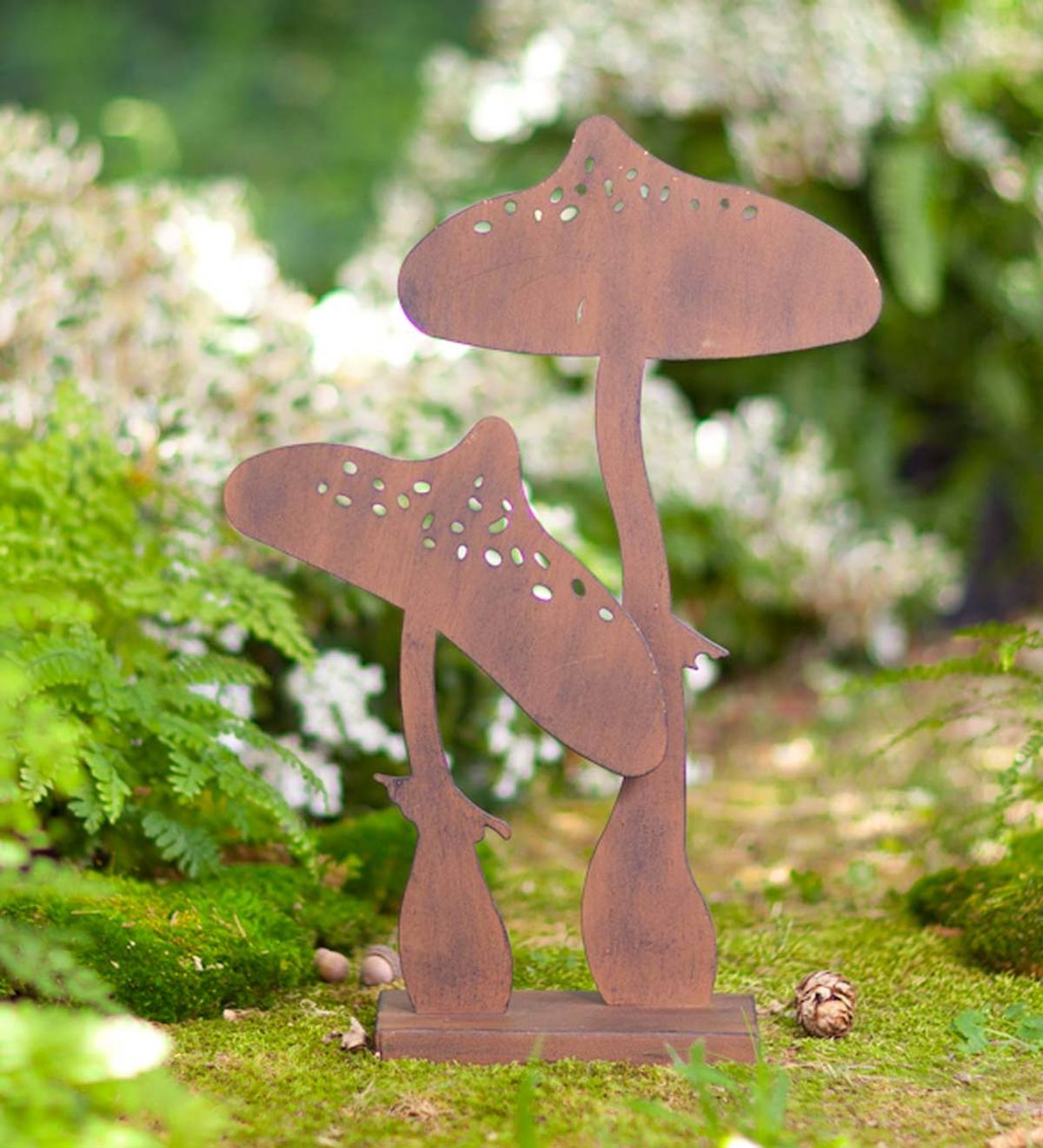 Two Mushroom Metal Silhouette with Rusted Finish
