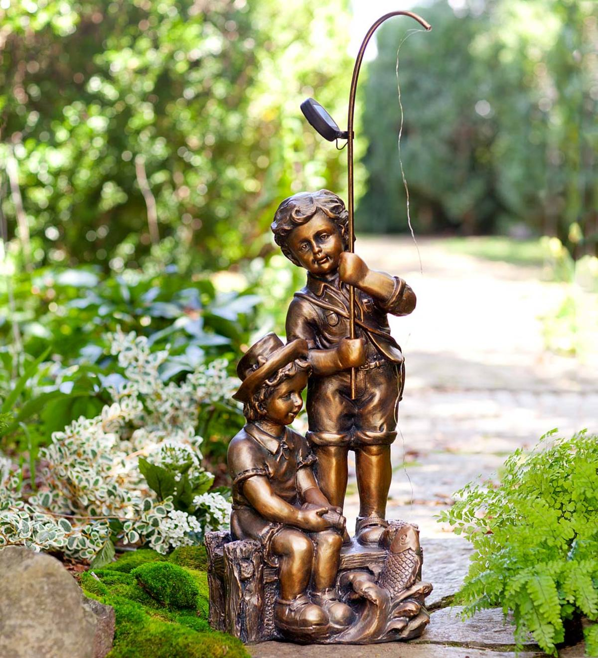 Solar Lighted Boy and Girl Fishing Statue