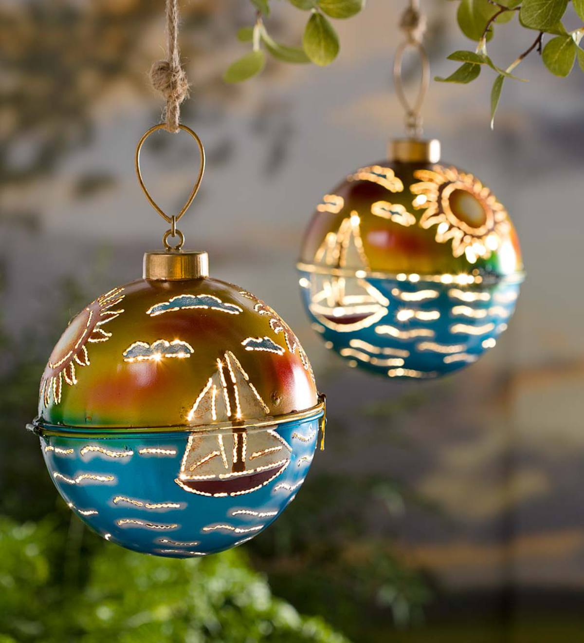 Illuminated Led Ornaments: Lighted Metal Sailboat Ornament