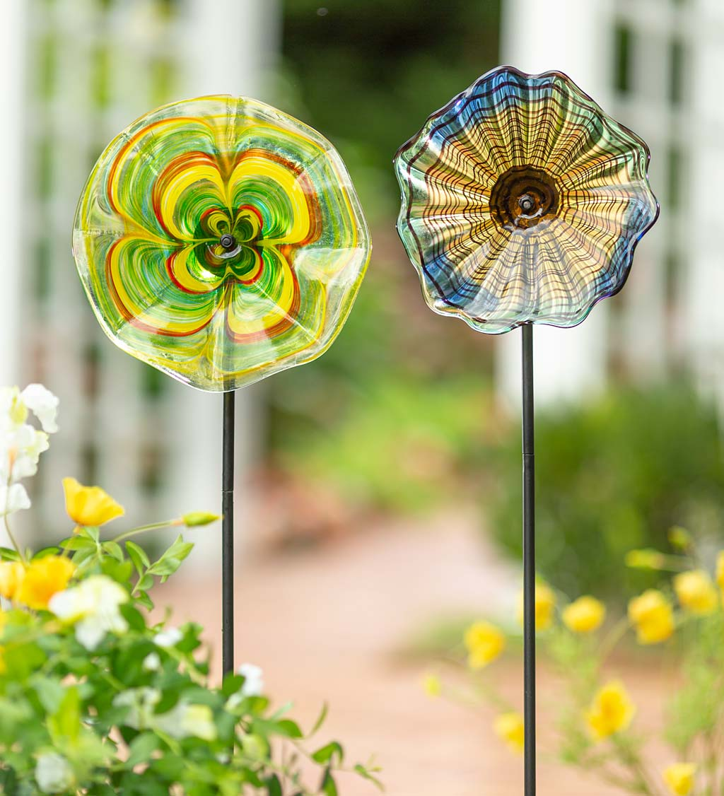 "10"" Handcrafted Blown Glass Flower With Metal Garden Stake - Brown"