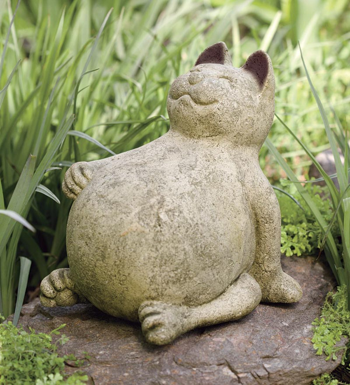 Handcrafted Volcanic Ash Lucky Cat Indoor/Outdoor