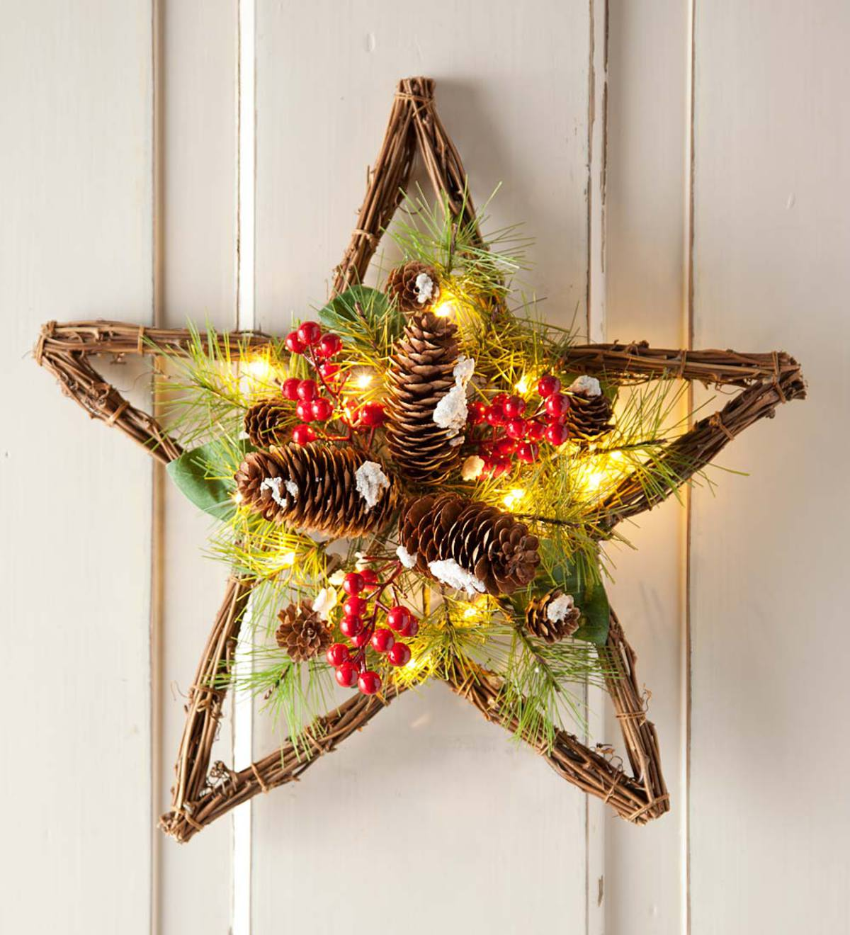 Lighted Pine Cone Star