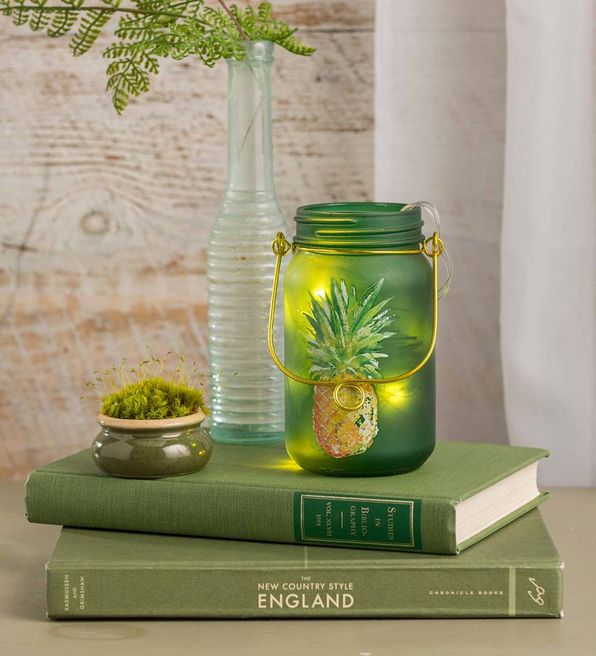 Lighted Mason Jar with Pineapple Design