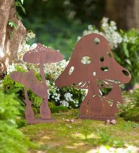 Large and Small Mushroom Metal Silhouette with Rusted Finish