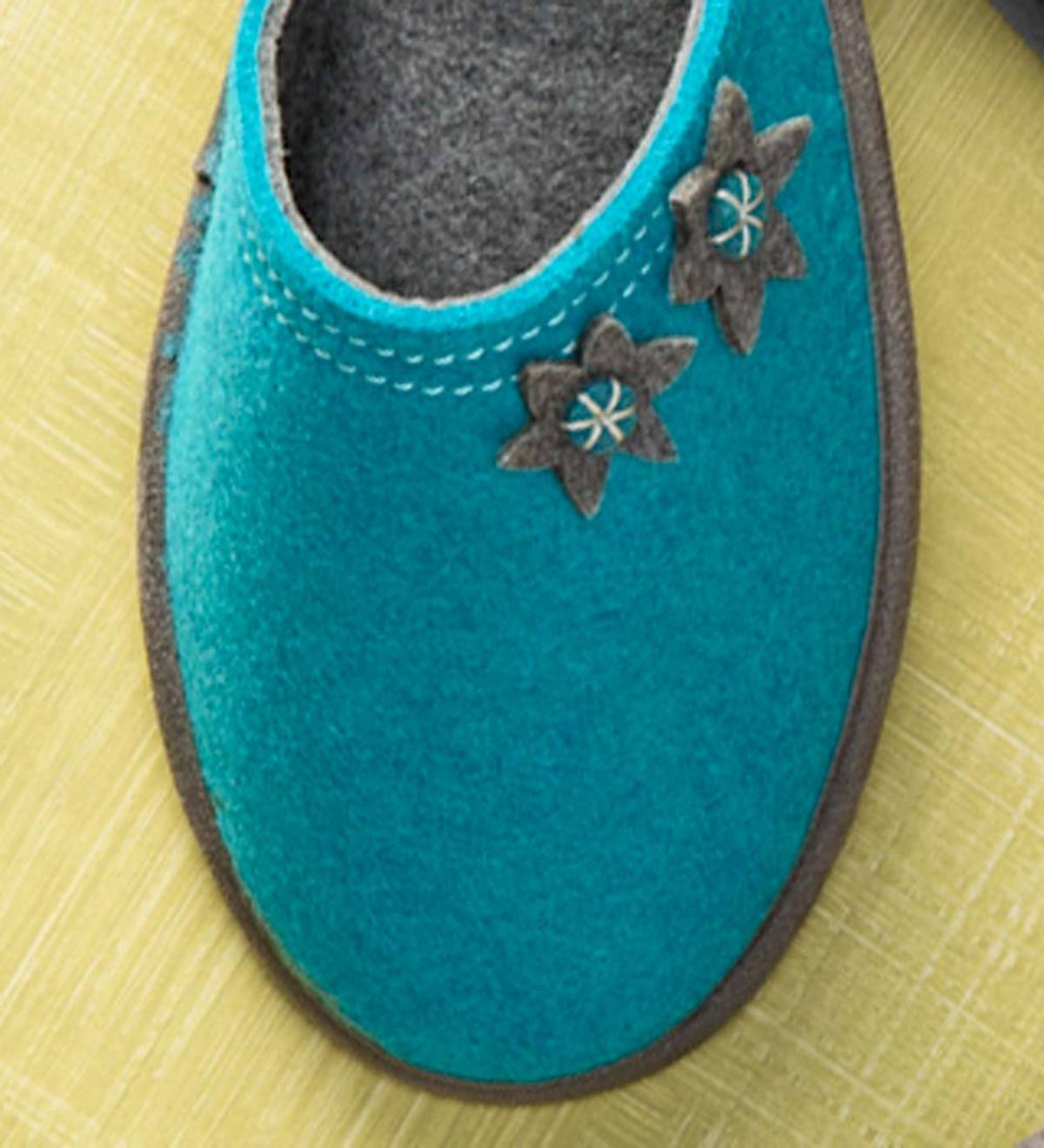 Acorn® Dorm Scuff Womens Slippers - Teal - Size 6