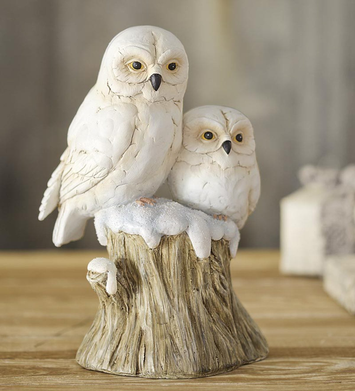 Snowy Owls Sculpture With Stump