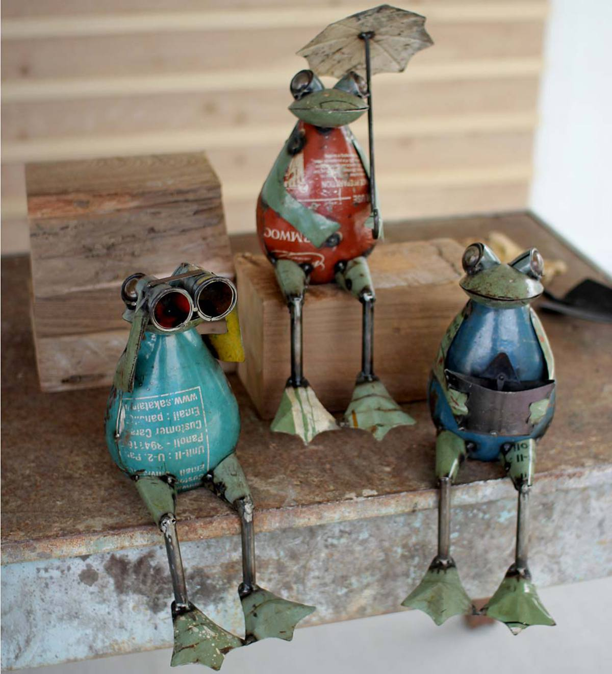 Recycled Metal Frogs, Set of 3