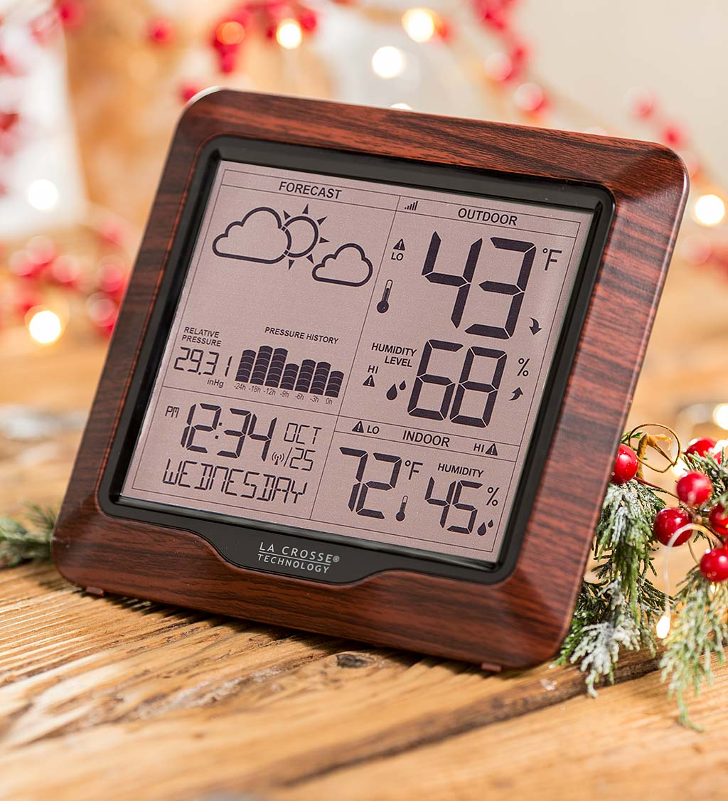Wood-Finish Forecasting Weather Station with Wireless Remote Sensor