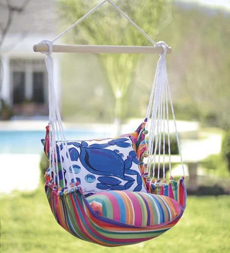 Swing with Pink or White Daisy Pillow