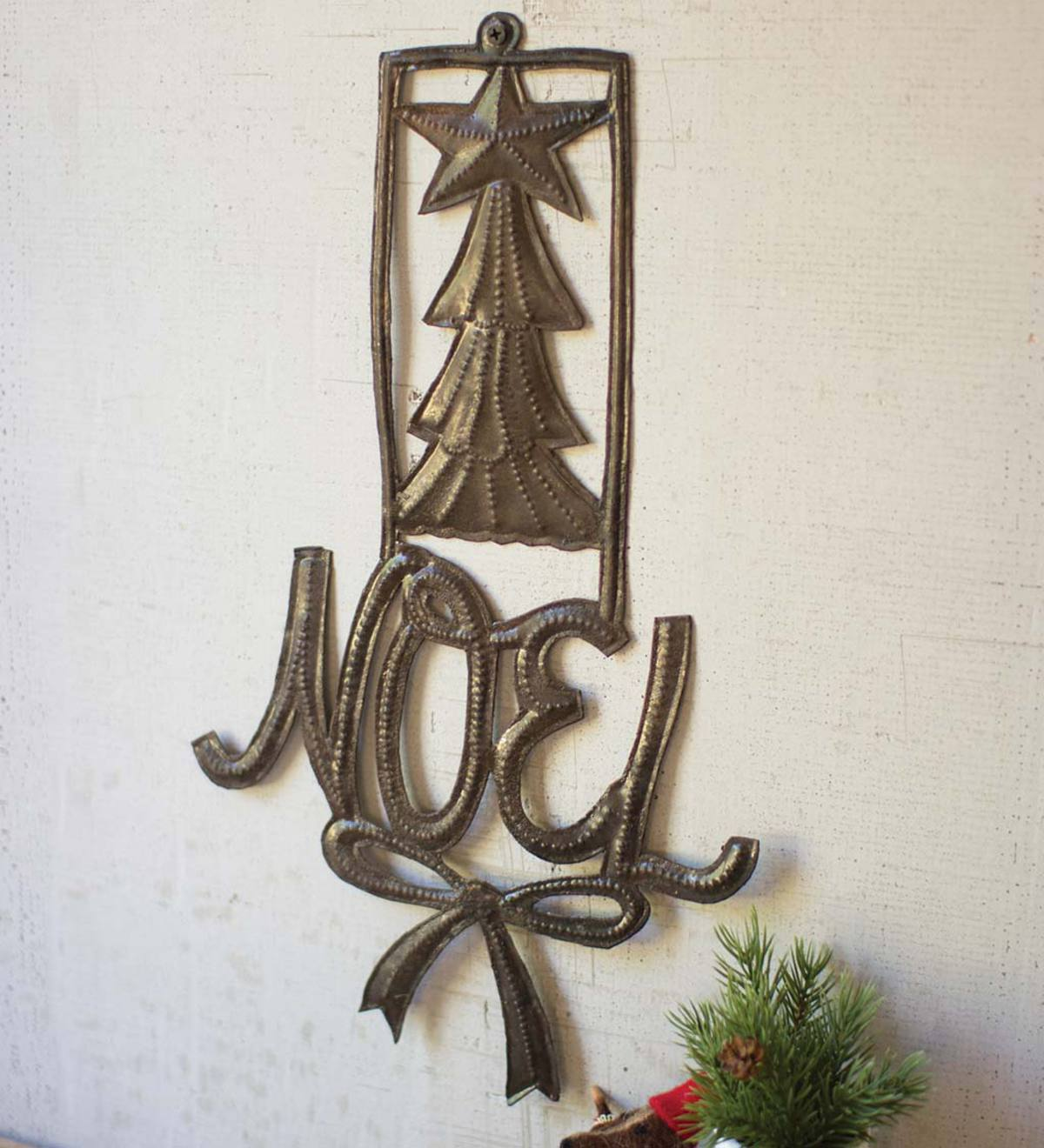 Handcrafted Metal Noel Sign