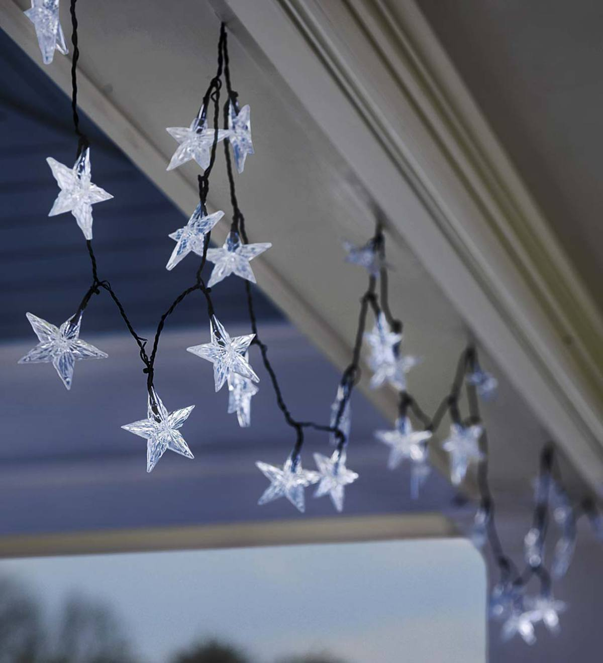 Solar-Powered Star-Shaped String Lights